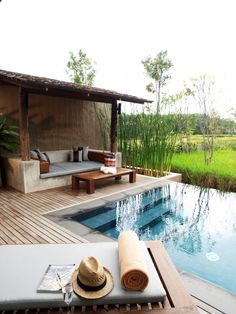 MUTHI MAYA Forest Pool Villa Resort offers spacious villas with a private pool overlooking Khao Yai National Park – a UNESCO World Heritage Site. Wood House Design, Small House Interior Design, Tiny House Design, Patio Design, Modern House Philippines, Farm Villa, Balinese Villa, Colonial House Exteriors, Swimming Pool House