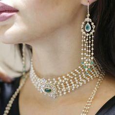 JEWELLERY SALON 2017 @jewellery.salon with tres chic jewels from @alzainjewellery
