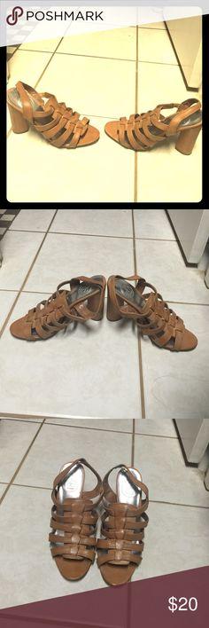 Jessica Simpson heels Tan strappy heels Jessica Simpson Shoes Heels