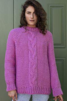Frida Sweater in Novita Hygge Wool Easy Sweater Knitting Patterns, Knitting Yarn, Free Knitting, Cardigan Pattern, Knitting Ideas, Knitting Projects, Knit Cardigan, Warm Sweaters, Cable Knit Sweaters