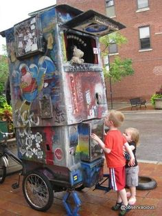 Chicago Puppet Bike - Chicago Puppet Bike - Chicago Puppet Bike --- #Theaterkompass #Theater #Theatre #Puppen #Marionette #Handpuppen #Stockpuppen #Puppenspieler #Puppenspiel --- #Theaterkompass #Theater #Theatre #Puppen #Marionette #Handpuppen #Stockpuppen #Puppenspieler #Puppenspiel