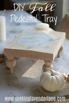 Create a cute and easy DIY Fall Pedestal Tray with a hand painted pumpkin and some scrap wood, and wood finials. Add it to your kitchen for the Fall season. wood projects projects diy projects for beginners projects ideas projects plans Scrap Wood Crafts, Scrap Wood Projects, Easy Woodworking Projects, Diy Pallet Projects, Woodworking Classes, Wooden Crafts, Woodworking Bench, Custom Woodworking, Wood Projects For Beginners
