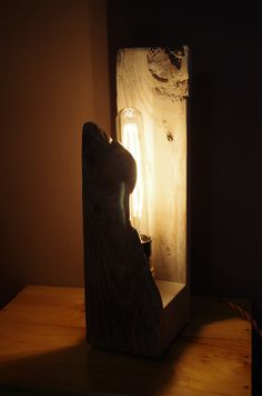 A lamp made from a broken board  #atelier49 #Diy #Furniture #Pallet