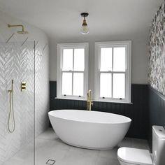 Wet Room Bathroom, Upstairs Bathrooms, Large Bathrooms, Family Bathroom, Bathroom With Shower And Bath, Wet Room With Bath, Light Bathroom, Bathroom Storage, Small Bathroom Showers