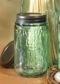 Mason Jar and Rustic Lid - Pint