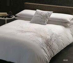 Margaret Muir Aron bedding