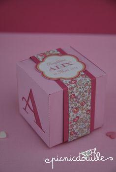 Boîte de dragées thème Liberty rose : Autres bébé par picnicdouille