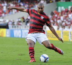 Camisa: Nike... Modelo: 2009... Opinião: MAIS LINDA DE TODAS! Jogador: Adriano... Vulgo: Imperador...
