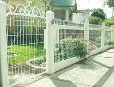9 Prompt Tips: Fence Colours Patio white fence wallpaper.Fence Colours Patio how to build a bamboo fence. Garden Fence Panels, Lattice Fence, Front Yard Fence, Farm Fence, Fence Gate, Garden Fencing, Fenced In Yard, Small Fence, Rustic Fence