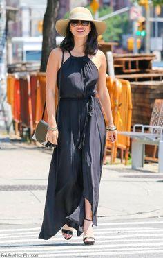 Olivia Munn summer street style with maxi dress