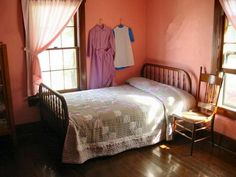 Amish - Bedroom