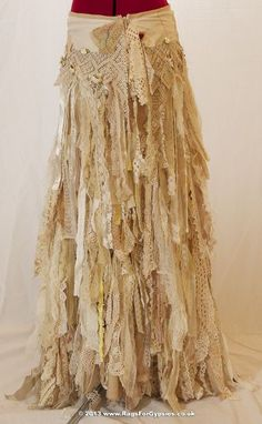 Gypsy Esmeralda Ragged Tattered boho Long by RagsForGypsies. Hippie Style, Bohemian Style, Boho Chic, Bohemian Skirt, Girl Style, Trend Fashion, Look Fashion, Boho Outfits, Vintage Outfits