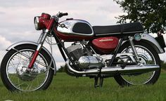 1966/68 Suzuki T20 With 250cc Twin-Cylinder Two-Stroke Engine at 29Hp