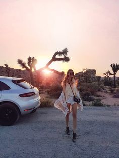 Sunsets and road trips at Joshua Tree National Park | California http://www.ohhcouture.com/2017/05/palm-springs-la-17/ #ohhcouture #leoniehanne
