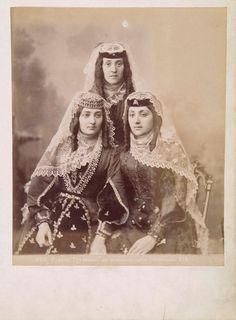 Armenian gypsy women from Caucasus (1890)