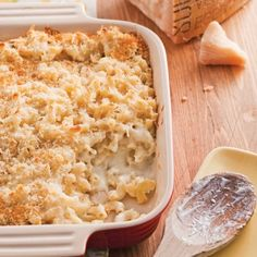 Macaroni aux trois fromages - Recettes - Cuisine et nutrition - Pratico Pratiques Daycare Menu, Family Meals, Cooking Tips, Macaroni And Cheese, Brunch, Healthy Eating, Pasta, Ethnic Recipes, Sauce Salsa