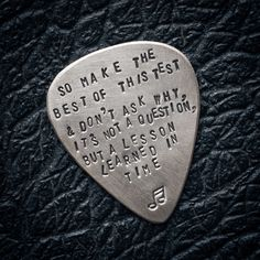 Green Day, oh the old days. i want to learn this song, and i want this