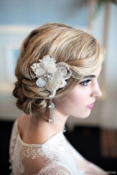 vintage wedding hairstyle ideas with flower accessories