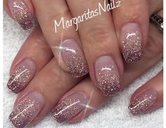 Nail Art Ombre nails might be fantastic match to your clothes or accessories. The brief oval nails w How To Do Nails, Fun Nails, Pretty Nails, Chellac Nails, Gliter Nails, Gold Manicure, Nails 2016, Happy Nails, Shiny Nails