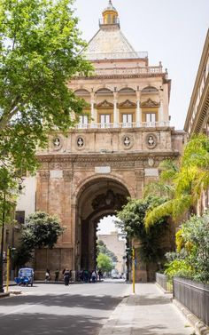The streets of Palermo, Sicily - Italy | Cool Chic Style Fashion