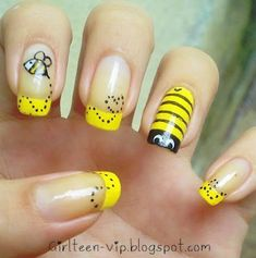 nail design *That*'s what yellow nail polish is for! // Saving this since my daughter's school mascot is a yellowjacket. :)