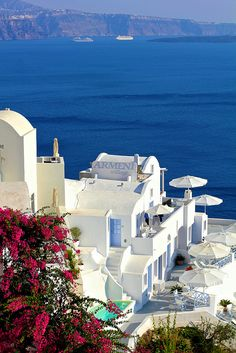 yeah Santorini, Greece. I want to spend my whole time here. Beautiful, right?