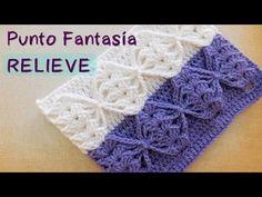 Hoy vamos a relizar un punto fantasía en crochet para tejer mantitas, colchas, accesorios y otras prendas. Para tejer el mismo punto en dos colores hace click en el siguiente enlace ... --------------------------------------------. Crochet, Crochê, Tejer,