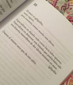 Es de los últimos versos dedicados a esta historia  No más tableros, no más noches de espera   Es el día