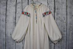 Vintage traditional Ukrainian embroidered shirt / Vyshyvanka / | Etsy The Help, Vintage Ladies, Vintage Items, My Design, Kimono Top, Traditional, Embroidery, Ua, Fabric