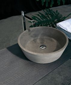 PILA 11 - Designer Wash basins from antoniolupi ✓ all information ✓ high-resolution images ✓ CADs ✓ catalogues ✓ contact information ✓ find. Absolute Image, Cuba, Contemporary Bathroom Designs, Stone Sink, Basin Mixer, Beveled Mirror, Brass Handles, Luxury Interior Design, Led Ceiling