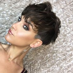 Today we have the most stylish 86 Cute Short Pixie Haircuts. We claim that you have never seen such elegant and eye-catching short hairstyles before. Pixie haircut, of course, offers a lot of options for the hair of the ladies'… Continue Reading → Messy Pixie Cuts, Pixie Cut Styles, Short Pixie Haircuts, Short Hair Cuts, Short Hair Styles, Messy Pixie Haircut, Haircut For Older Women, Older Women Hairstyles, Hair Color For Women