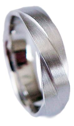 New Designer Cut Man's Pure 95.2% Palladium Platinum by Aurell....GORGEOUS