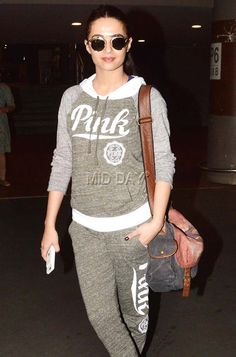 Sonakshi Sinha, Preity Zinta, Ameesha Patel, Arjun Rampal, Surveen Chawla and host of other Bollywood celebrities were spotted at the Mumbai airport. Bollywood Celebrities, Bollywood Fashion, Bollywood Actress, Mumbai Airport, Preity Zinta, Michelle Keegan, Sonakshi Sinha, Celebs, Actresses