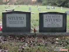 Everything Funny - Page 9 of 1043 - Updated Hourly! - Thousands of Funny Pictures, Funny Text Messages, Funny Memes, Quotes and More for Hours of Entertainment! Dark Side, Unusual Headstones, Cemetery Headstones, Cemetery Art, Cemetery Statues, Famous Graves, Fete Halloween, After Life, Humor Grafico