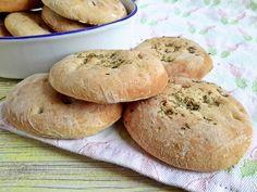 Csak egyszerűen: rusztikus szicíliai kenyér - Mom With Five Bread Recipes, Pizza, Hamburger, Muffins, Food And Drink, Mom, Tarts, Yum Yum, Breads