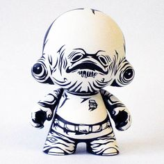 aww, it's a cute little trap! Vinyl Toys, Vinyl Art, Starwars, Art Jouet, Admiral Ackbar, Robots For Kids, Designer Toys, Objet D'art, Ceramic Artists