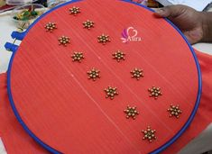 Best 11 Sudhasri hemaswardrobe – Page 539095017895060276 – SkillOfKing. Diy Bead Embroidery, Embroidery Neck Designs, Simple Embroidery, Silk Saree Blouse Designs, Fancy Blouse Designs, Bridal Blouse Designs, Kutch Work Designs, Hand Work Design, Kurti Sleeves Design