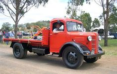 1948 Austin on show at Toowoomba Show Grounds, Australia in Classic Trucks, Classic Cars, Bedford Truck, Heavy Machinery, Austin Healey, Commercial Vehicle, K2, Buses, Diesel