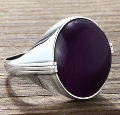 Men's Amethyst Ring in 925 Sterling Silver #jewelryoftheday #ringforman #mensnecklace #mensjewelryfashion #mensstyle #mensfashionpost #mensaccessories #mensonyxring #ownit