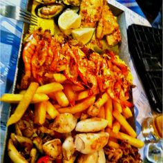 Ocean's Basket seafood platter for two. cape town