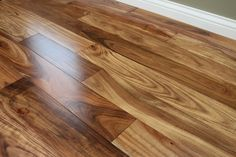 Acacia Natural 9/16 x 4-3/4 Smooth Small Leaf | Engineered Hardwood Flooring | WeShipFloors