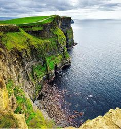 Places to road trip uk: cliffs of moher, ireland. Oh The Places You'll Go, Places To Travel, Places To Visit, Highlands, Dublin, England Ireland, And So It Begins, Cliffs Of Moher, Ireland Landscape