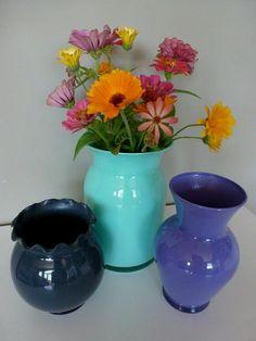 Diy dorm room crafts : DIY  Painted Glass Vases
