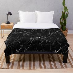 This is a comfortable blanket and is also cute. It features a black marble design and is very aesthetic. White Throw Blanket, Black Blanket, Marble Bedding, Black And Gold Marble, Marble Print, Plaid, Marble Pattern, Home Decor Wall Art, Tartan