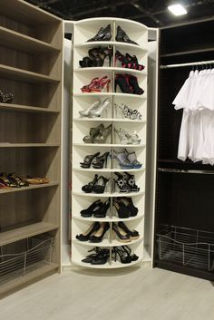 14 Must-Have Walk-In Closet Design Features Closet Walk-in, Corner Closet, Front Closet, Master Closet, Closet Space, Closet Storage, Closet Organization, Bathroom Closet, Shoe Rack In Closet
