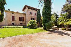 #mansion #realestate #luxury house in Mallorca.  http://www.balearinvestluxury.com/en/property/casa-senorial-del-siglo-xviii-a-reformar-a-5-min-de-palma-/ref/37788
