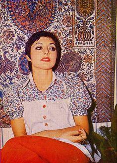 reorientmag:  Persian camouflage (Googoosh, 1970s)