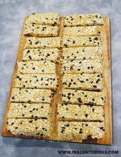 www.frillsinthehills.com 2015 04 lunchbox-legend-no-bake-chewy-blueberry.html