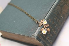 Daisy Flower Necklace,  Flower Jewelry, Daisy Necklace, Flower Charm Necklace