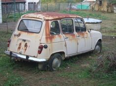 Vintage Cars, Antique Cars, Car Barn, Rusty Cars, Abandoned Cars, Barn Finds, Old Cars, Cars And Motorcycles, Nissan